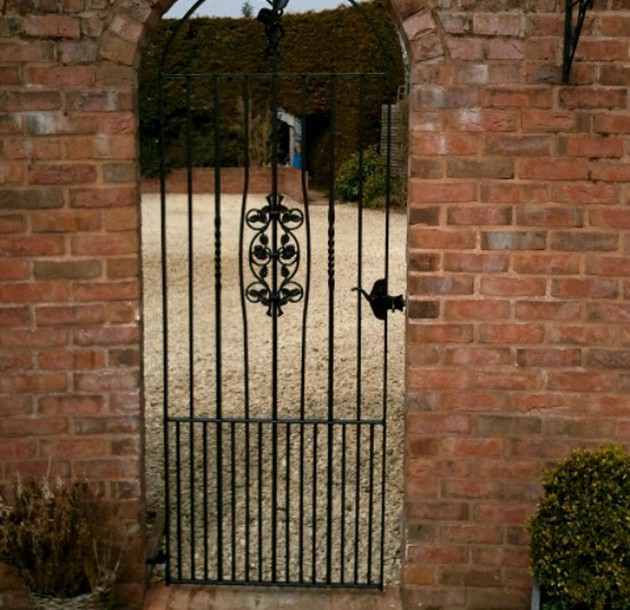 Garden Gate Gloucestershir Copy 630×610